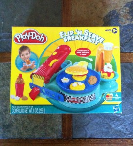 Hasbro Toy Review:  Flipping out for 'Flip 'N Serve Breakfast'