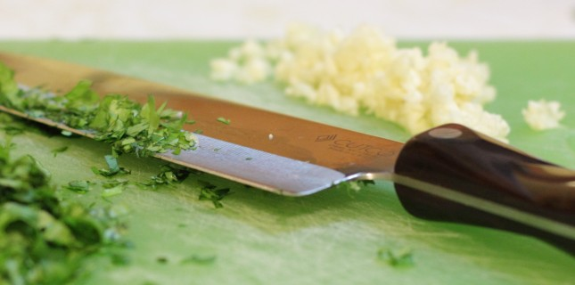 Knifea